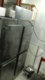 Freezer 1.70 altura X 1.15 largura muito bom