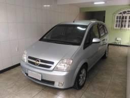 Gm - Chevrolet Meriva 1.8 completo Premium - 2009
