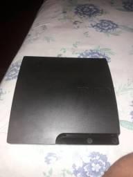 Playstation 3 bloqueado com 19 jogos e um controle e um volante