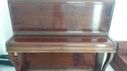 Piano alto vertical essenfelder 1968