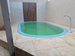 Vende-se casa em estância com piscina