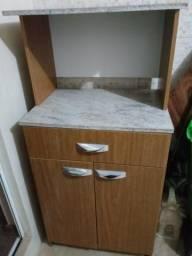 Armario forno e microondas