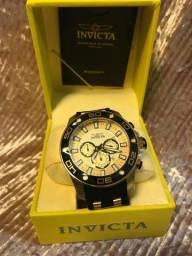Relógios novos e originas