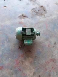 Motor de 2cv de baixa rotação 100 reais