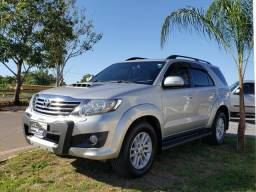 Hilux SW4 3.0 7 lugares