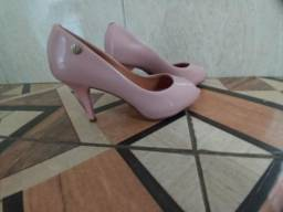 Vendo sapato feminino tamanho 34