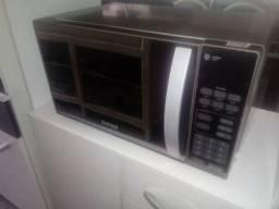 Vendo microondas consul 20 litros novo, todo em inox com porta espelhada