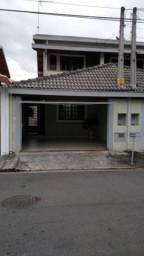 Casa / Sobrado - Jardim das Industrias