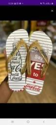 Sandálias da coca cola