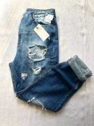 Calça MOM jeans com rasgos Renner