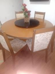 Título do anúncio: Mesa de madeira redonda
