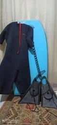 Kit bodyboard ( prancha + leash + pé de pato+ john)