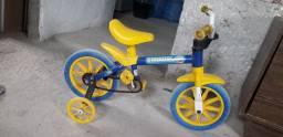 Bicicleta infantil 70,00 Pra vender logo