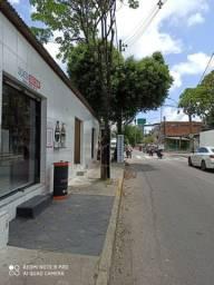 Loja na avenida principal 780 com tudo incluso