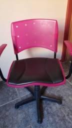 Título do anúncio: Cadeira rotativa