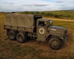 Caminhão Reo Militar