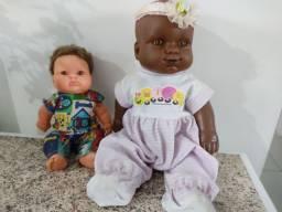 2 Bonecas Lindas