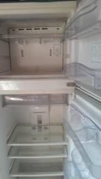 Geladeira Biplex 380 litros frost free Consul