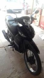 Moto Yamaha Crypton(pedal) - 2013