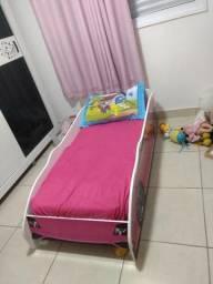 Mini cama carrinhos rosa
