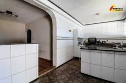 Casa Residencial à venda, 3 quartos, 2 vagas, Nova Fortaleza - Divinópolis/MG