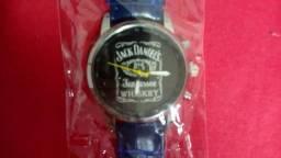 bd73f05861a Relógio importado Jack Daniels