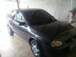 Corsa wagon 4 portas - 2001
