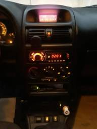 Astra Sedã Comfort 2.0 8V 2005 - 2005