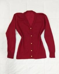 a672ef48419d8 Blusa De Frio Cardigan Suéter Feminino Botões Tricot Lã Liso Vermelha (NOVA)