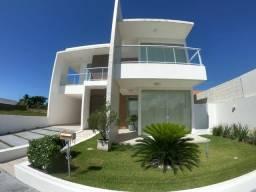 Casa Nova em Condomínio Fechado com 3 Suítes completo de móveis