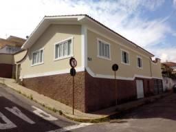 Casa no Centro, próximo a Matriz - 440 m2 de terreno