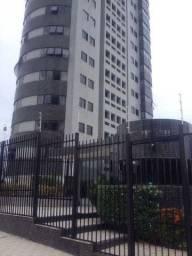 Apartamento em Candelária (240 m², 04 suítes, andar alto e taxas inclusas)