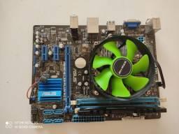 Conjunto Placa, processador e memória RAM