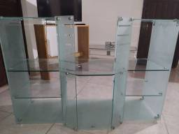 Armário de vidro para banheiro.