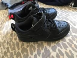 Tênis Nike TAM 30
