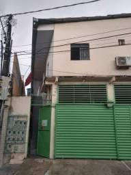 Vila de apartamentos  Bairro Crespo