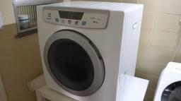 Secadora de roupas Electrolux 10kg - SVP10
