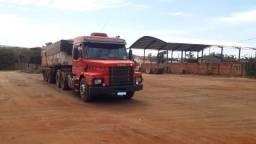 Título do anúncio: Caminhão Caçamba 113