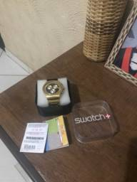 Relógio Swatch cara preta