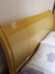 Cama de casal com colchão