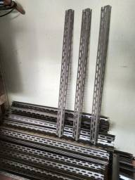 Colunas Aço modelo L3 e sapatas para Bancadas Prateleiras e Estantes