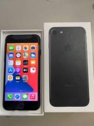 iPhone 7 black aceito trocas com volta pra mim