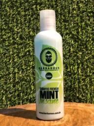 Shampoo Barbarous Mint Insane Barba e Cabelo 240ml