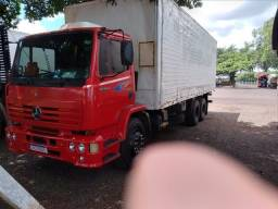 Título do anúncio: Caminhao truck baú MB 1418r  2001