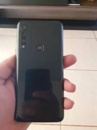 Vendo Motorola G8 play sem detalhes R$800,00