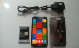 Samsung Note 2 tem 16 GB memória Tela de 5.5 polegadas