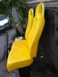 Cadeira de ônibus em ótimo estado