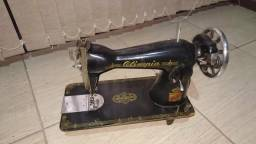 Máquina de Costura Olimpia Retro