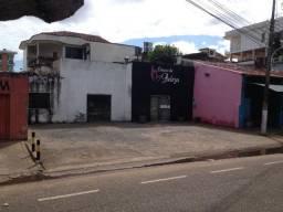 Imóvel na Presidente Dutra Sub-esquina com Pinheiro Machado.