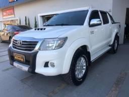Toyota Hilux CD4x4 SRV - 2012